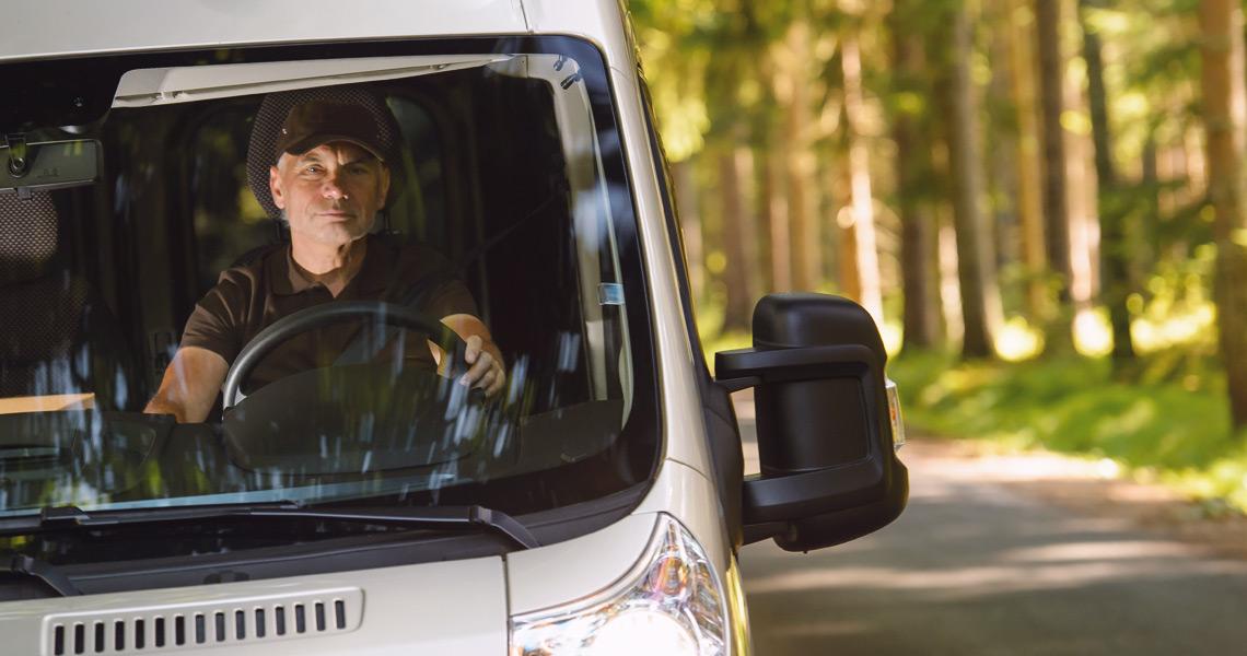 Niepokojący stan zdrowia zawodowych kierowców. Aż 60% z nich boryka się z nadwagą lub otyłością