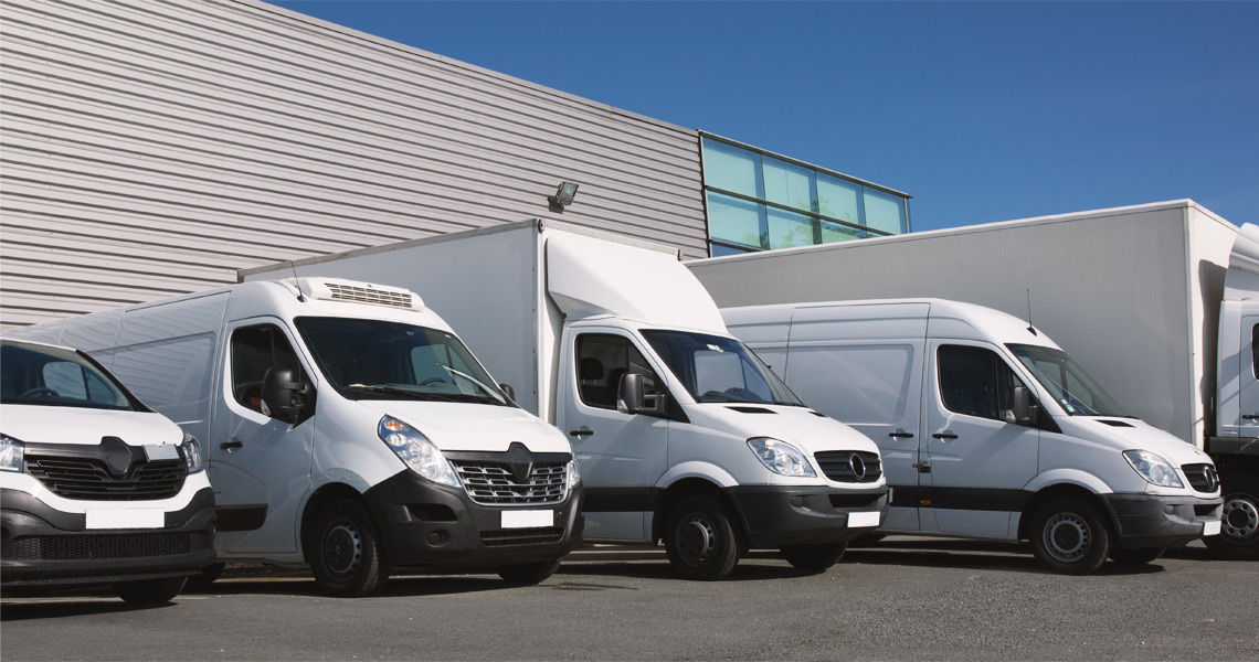 Klauzula postojowa – ubezpieczenie, które ochroni Twoje ładunki i samochody