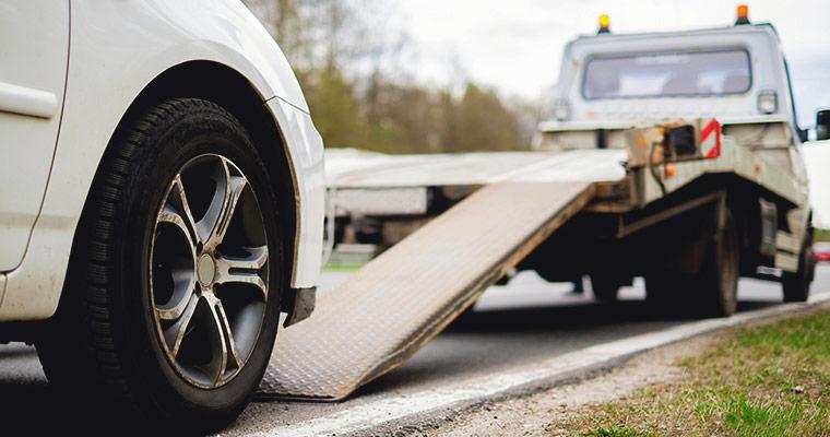 Holowanie auta - jak zrobić to prawidłowo?