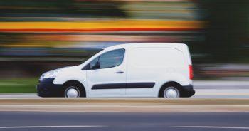 """Czy 2,4 tonowe """"busy"""" to przyszłość lekkiego transportu?"""