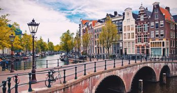 Ile kosztuje transport do Holandii?
