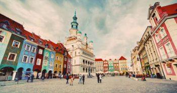 Ile kosztuje transport mebli z Poznania