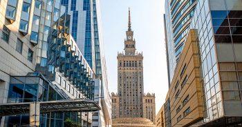 Jak zorganizować transport międzynarodowy z Warszawy?