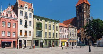 Jak zorganizować transport na trasie Warszawa - Toruń