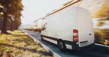 Na co zwrócić uwagę wybierając firmę transportową?